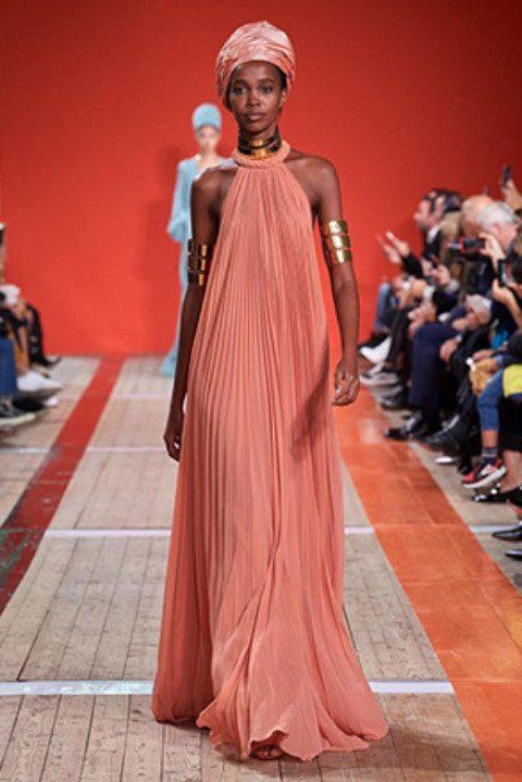 Elie Saab's Fairytale Dresses Spring-Summer 2020 Fashionshow