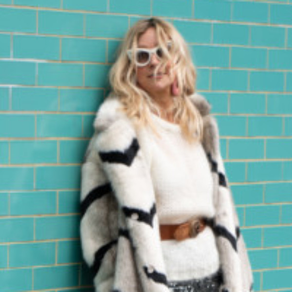 Profile picture of Roxy Cotton